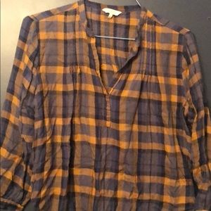 Lucky Brand Flannel Top v neck